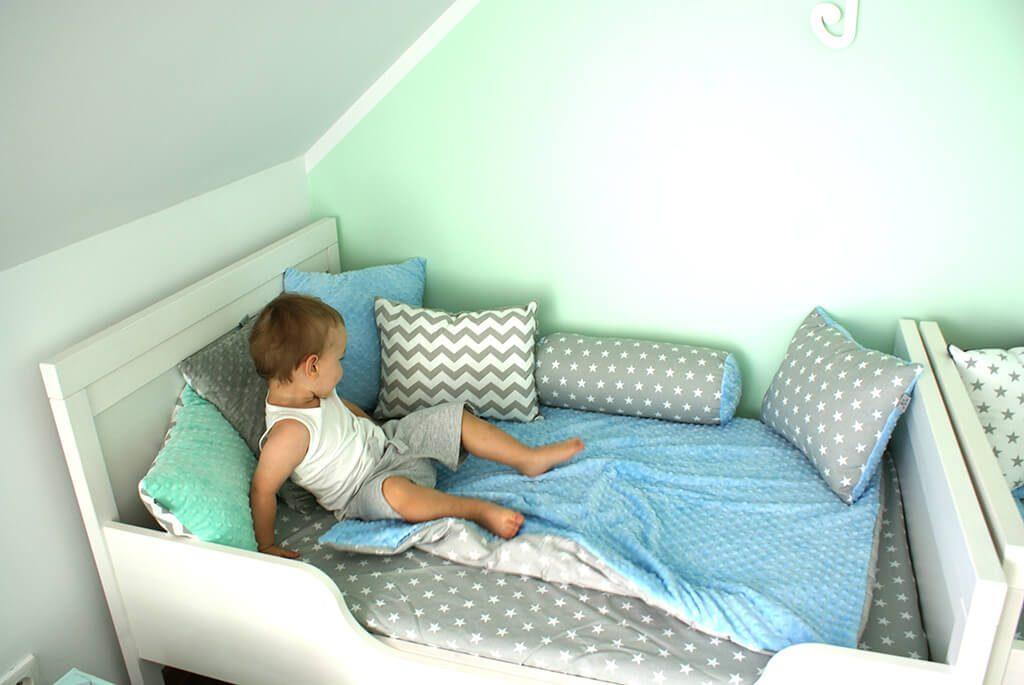 łóżeczko dla małego chłopca